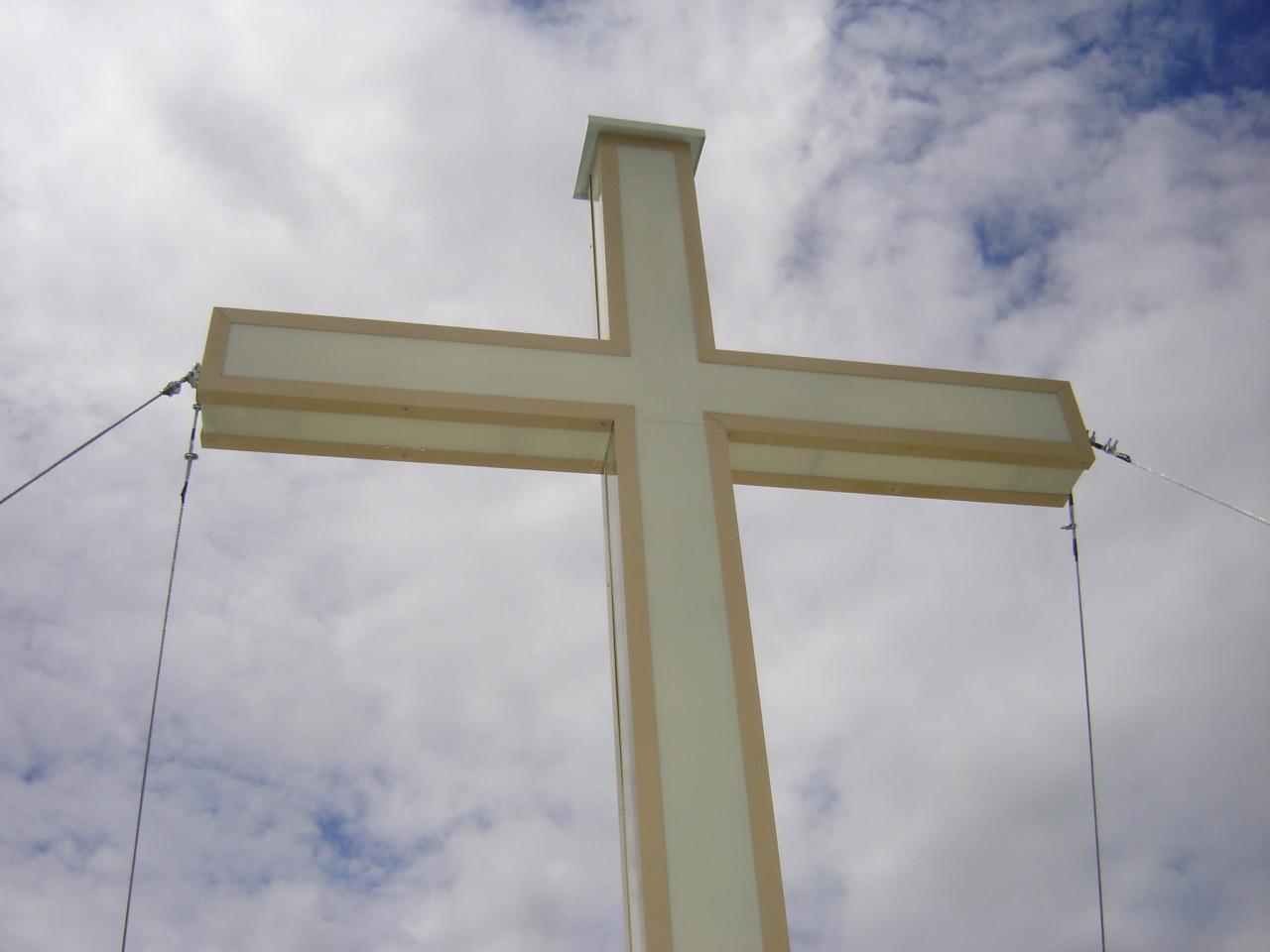 Installazione nuova Croce campanile.